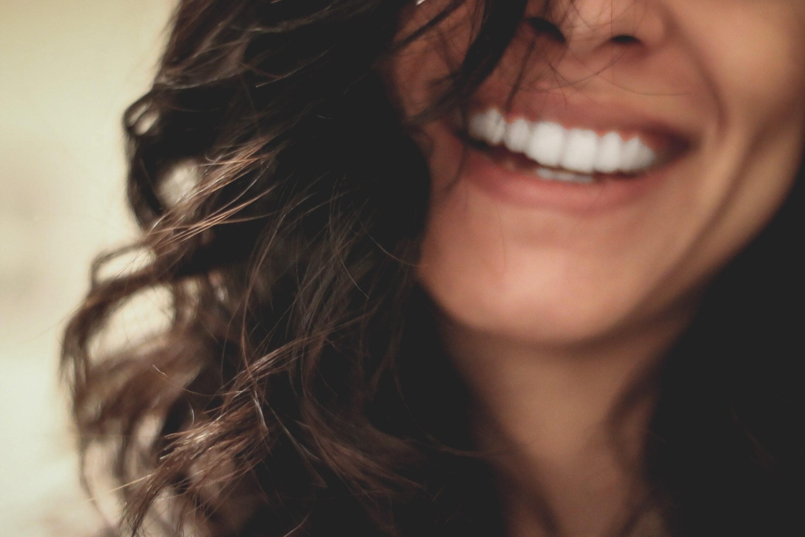 Laugh a lot for good wellbeing (A complete guide)
